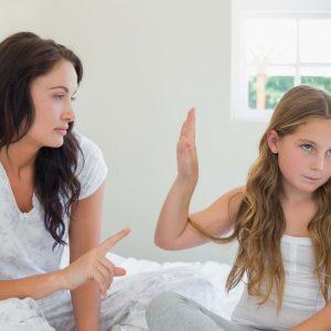 Dampak Negatif Jika Anak Nggak Dekat dengan Orang Tuanya